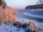Rzeka, zimowy pejzaż