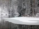 Zamarzająca rzeka