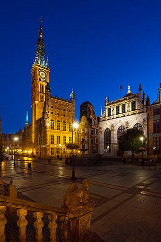 Gdańsk, ratusz i Dwór Artusa