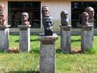 Ciechanowiec rzeźby