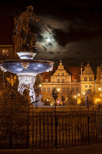 Gdańsk Neptun nocą