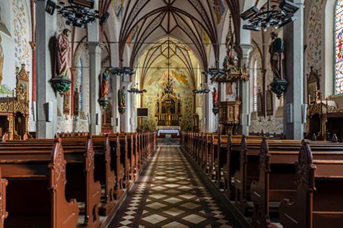 Dywity kościół