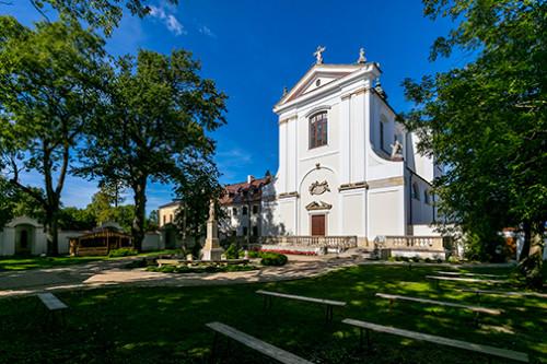 Węgrów barokowy kościół